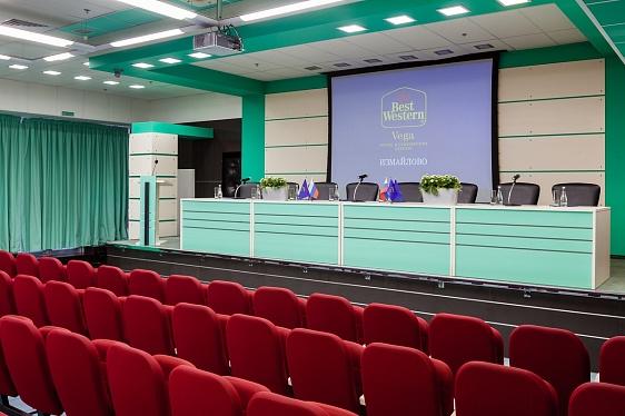 http://www.izmailovo-online.ru/image/infrastruktura/conference-vega/surikov/23f28335425644032f307a5ed312b0b9.jpg